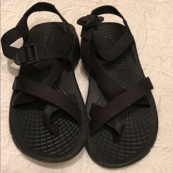 a102ee7ad474 Chaco Other - Men s black Chaco size 8
